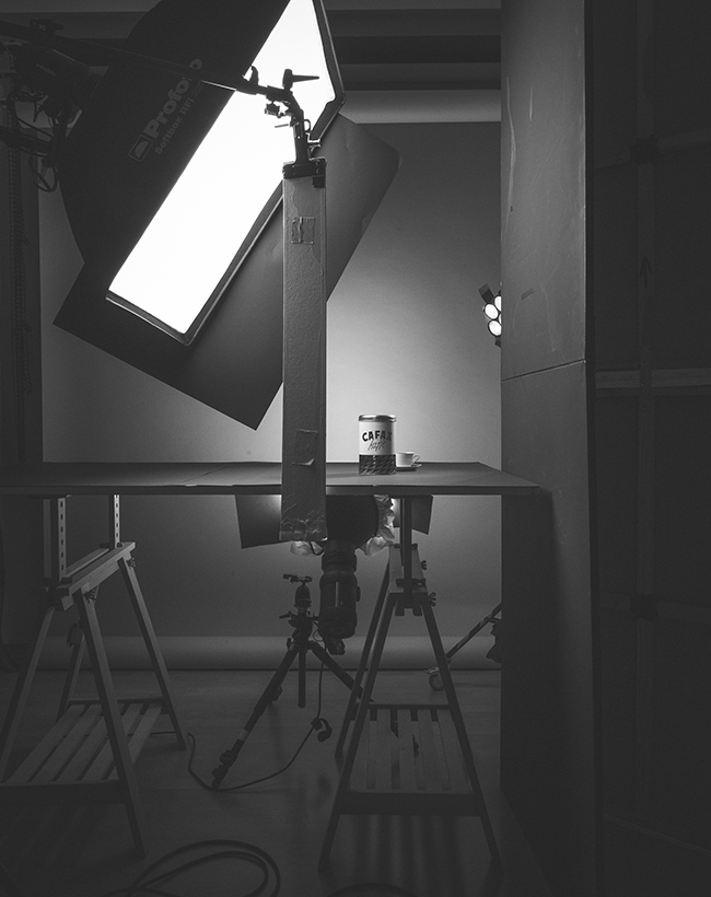 The studio lighting setup for the vintage themed product ad in Berlin Germany